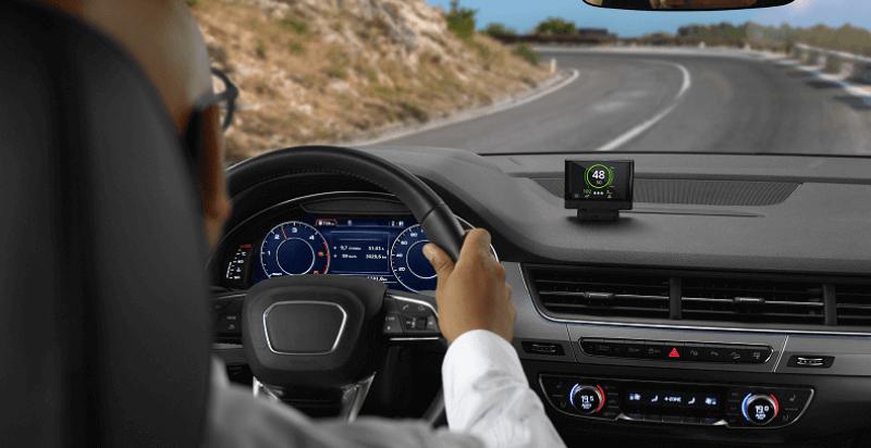 Comparativa: asistente a la conducción, avisador, detector e inhibidor de radares