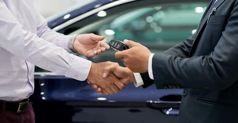 ¿Qué servicios incluye el renting de coches?