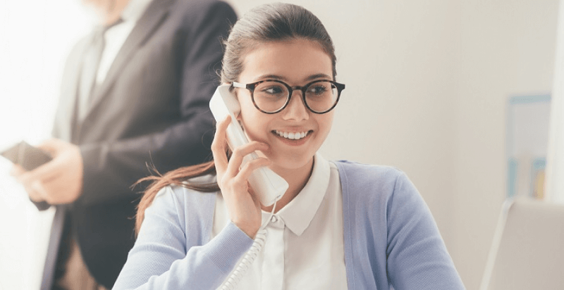 Por qué deberías contratar una secretaria virtual para tu negocio