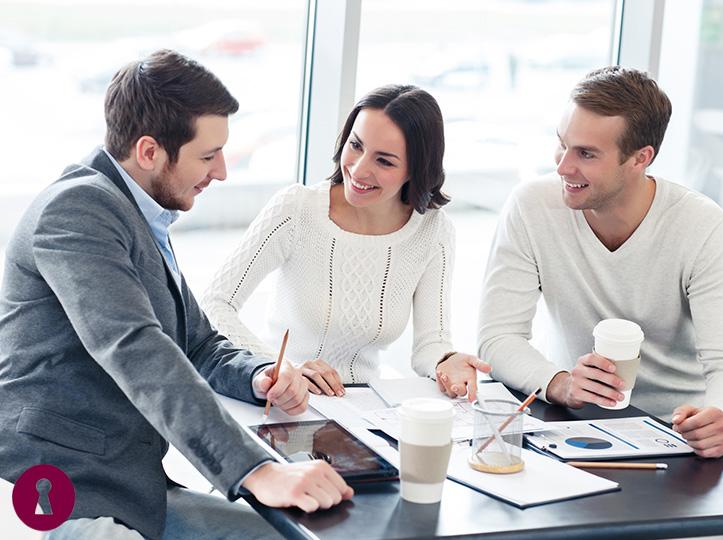 Servicios LOPD de alto valor añadido para tu negocio 100% personalizados.