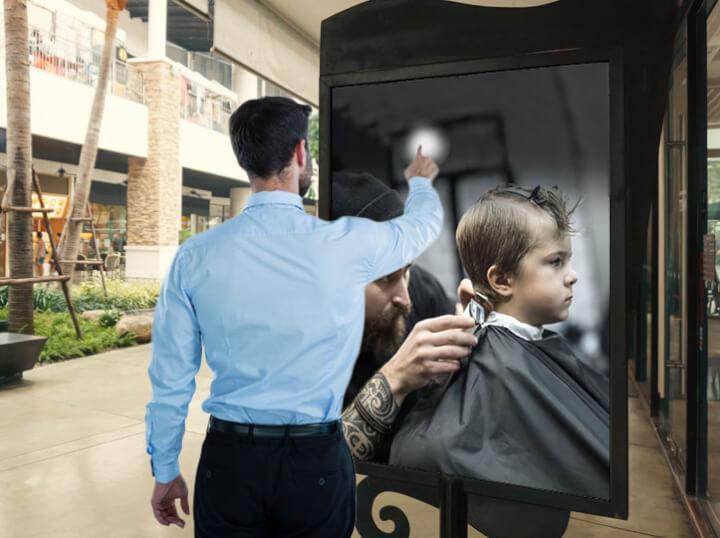 Promociónate con publicidad dinámica en pantallas