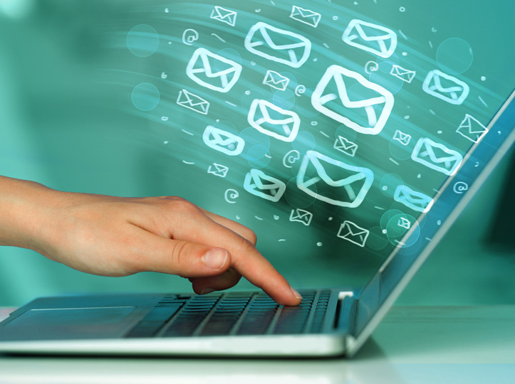Comunicaciones certificadas y firma de contratos en línea