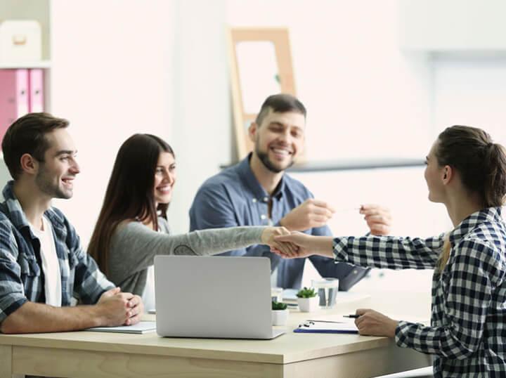 Aicad Business School: formación bonificada + RRHH