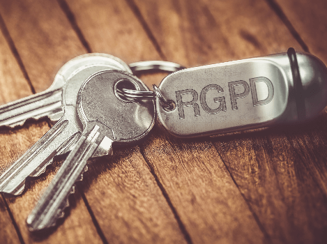 Cumple con el RGPD (Reglamento General de Protección de Datos)