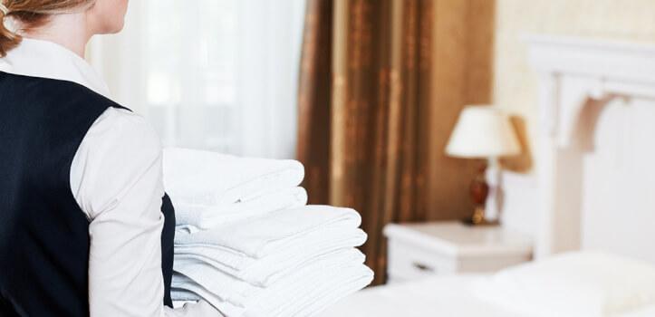 Curso de atención al cliente en la limpieza de alojamientos