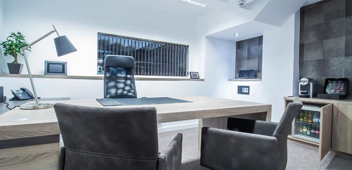 Centro de Negocios con alquiler de despachos y salas por horas