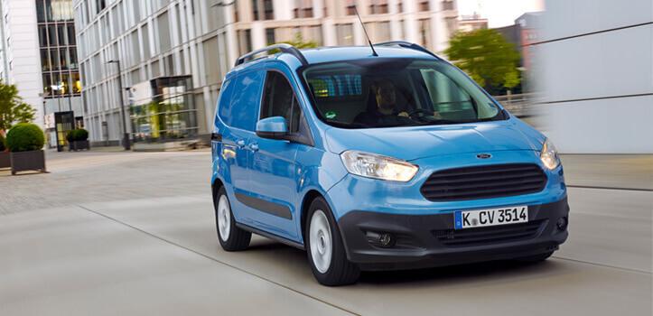 Renting Furgoneta Ford Transit Courier/Combi Van 1.5 TDCI