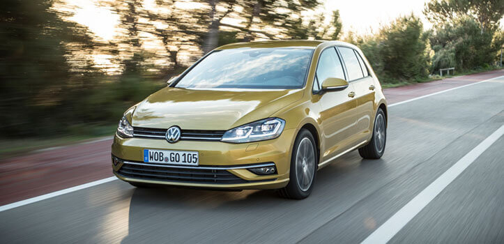 Renting Volkswagen Golf Business 1.6 TDI (2017)