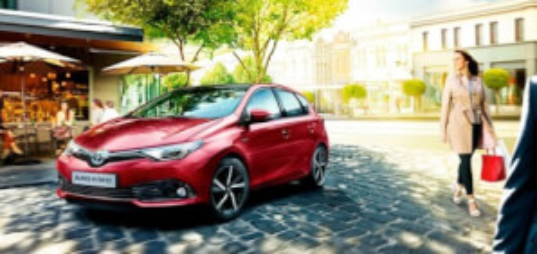 Cambia tus vehículos de empresa por coches de alta gama e híbridos